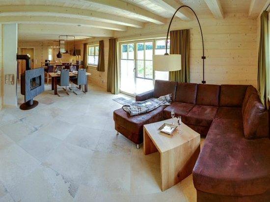 Chalets & Apartments beim Waicher: Wohnraum Chalet Hochfelln