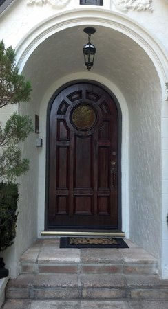 Candlelight Inn Napa Valley: Love this front door