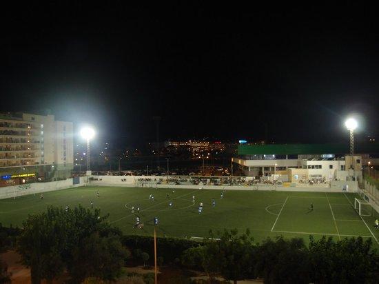 Festa Brava: футбол из окна
