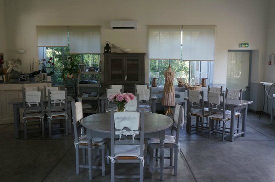 Blanche Fleur: Breakfast room