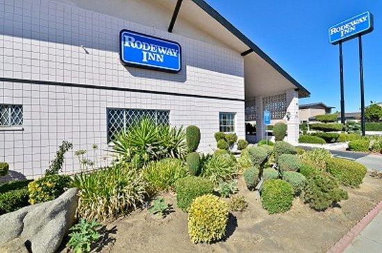 Welcome To the Rodeway Inn Merced