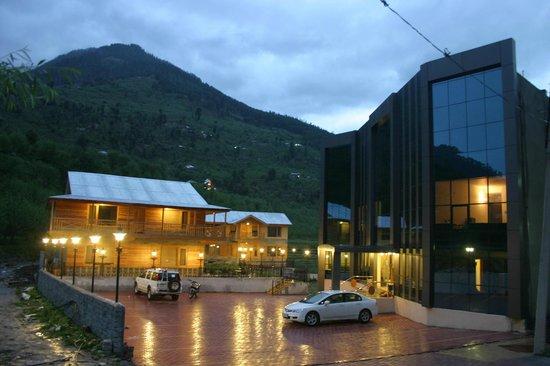 Hotel Sandhya Manali