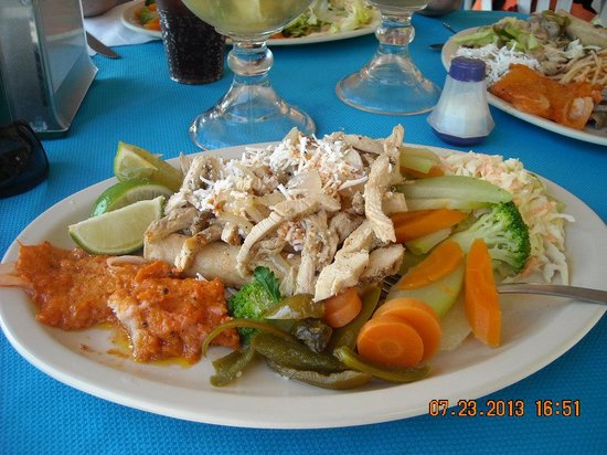Velavento Beach Club Hotel: Inexpensive yet WONDERFUL Buffet