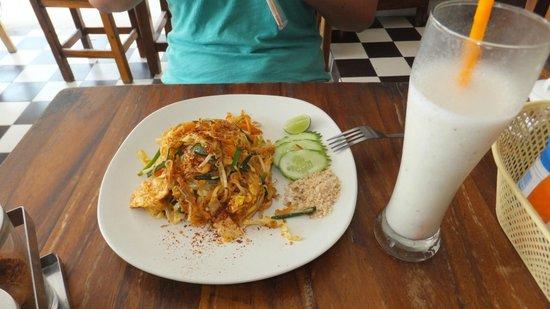 Tik's Thai food