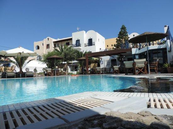 Kalimera Hotel: piscine