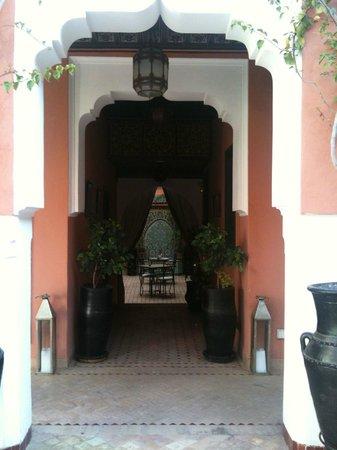 Les Borjs de la Kasbah: Hall leading to my room