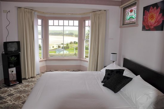 Gardenia House : The main bedroom in the King Unit, with views to Sawyer Bay
