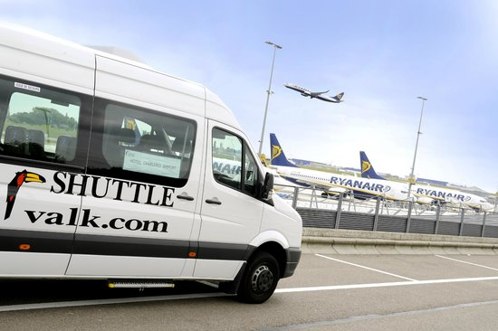 Charleroi Airport Hotel: Shuttle Service to Charleroi Brussels South Airport