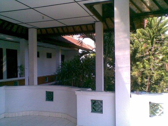 Celagi Inn: balcony