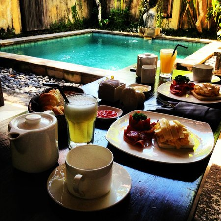 Barong Resort and Spa: barong breakfast