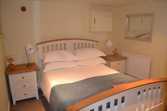 Meadow Inn & Steakhouse: Bedroom in Apartment