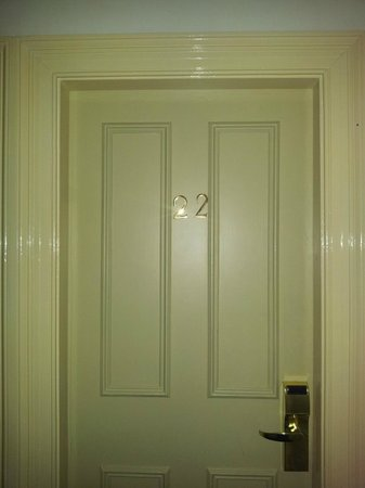 Waterloo House: Room door