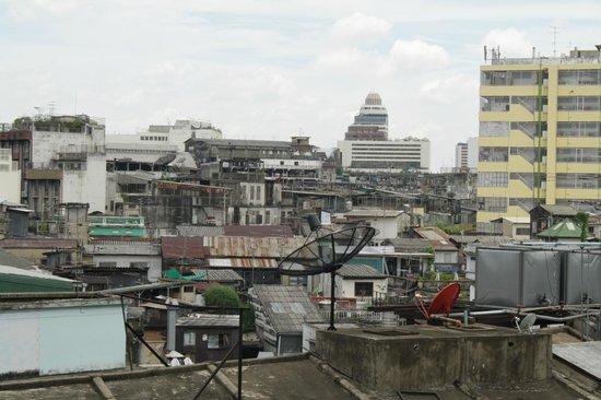 Krung Kasem Sri Krung Hotel: view from my room 5th floor