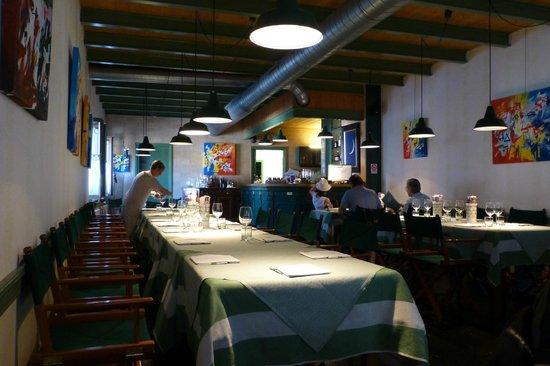 Osteria Al Portonat: veduta del locale