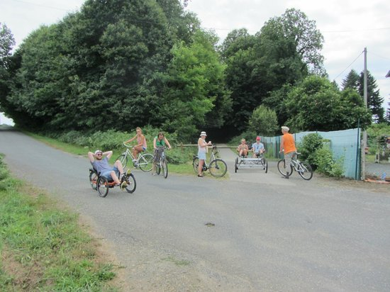 Chalus, Francja: Most of our group at one of the crossing points of the track over a minor road.