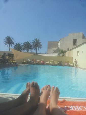 Mahara Hotel & Wellness : piscina
