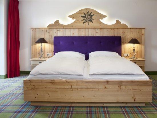 Hotel Gut Steinbach: Bett
