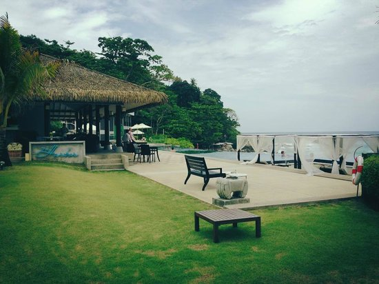 The Shore at Katathani: breakfast area at the habour