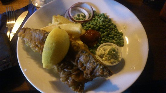 Blue Bell Inn: Fish and Chips