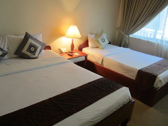 Angkoriana Hotel: double and twin bed