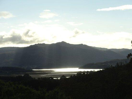 Ultreia Rural B&B: vista desde la casa con la bajamar.