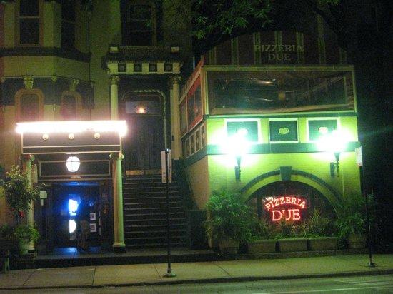 Pizzeria Due : Exterior