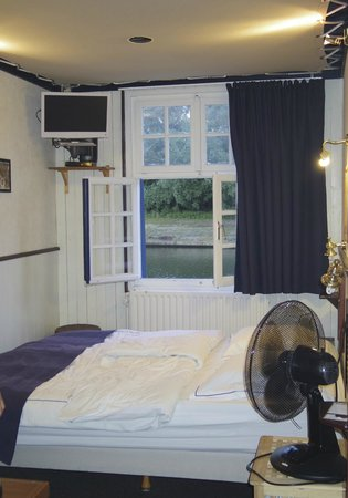 De Barge Hotel : Habitación camarote doble normal
