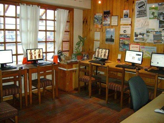 Hostel Las Moiras: Internet room