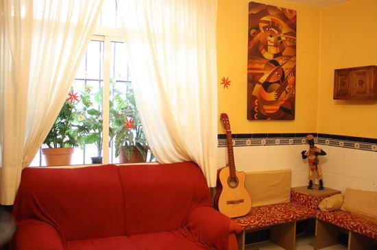 Funky Meridiano Hostel Granada: Zona común