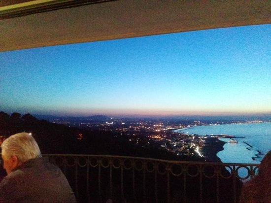 Hotel Posillipo Gabicce Monte: vista terrazza colazione