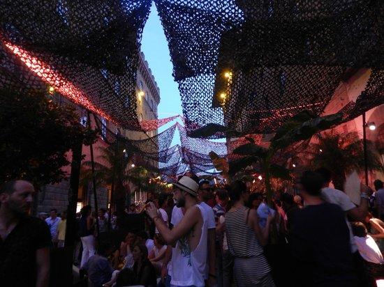 Via de' Tornabuoni : A party by Salvatore fergammo