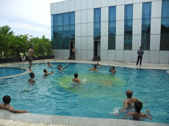 Swimming Pool Picture Of Country Club Jade Beach Resort Kelambakkam Tripadvisor