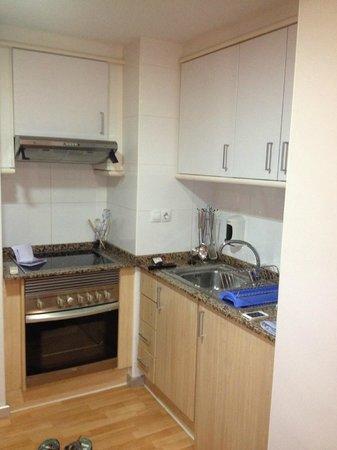 Valenciaflats Ciudad de las Ciencias : Küchenzeile