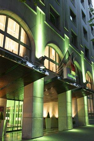 Hotel Holiday Inn Paris Gare Montparnasse: Holiday Inn Paris Gare Montparnasse