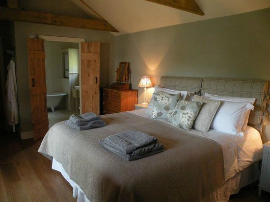 Little Saltwood Farm B&B: Beautiful bedroom