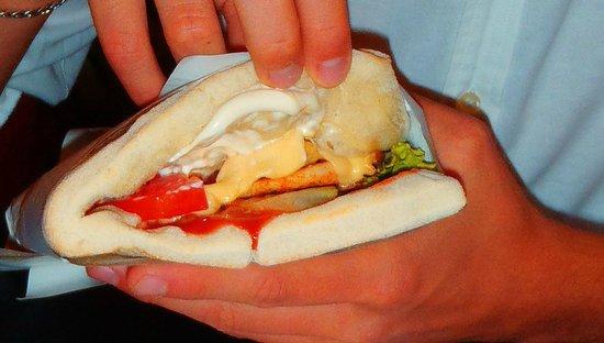 Fast Food Nana: SALTIMBOCCA PIZZA-POLLO-CHEESE