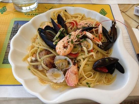 Lido La Pigna : spaghetti allo scoglio, assolutamente da provare!!!