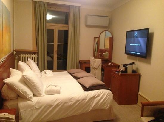Hotel Beau-Rivage: chambre