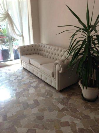 New Hotel Chiari: Accoglienza