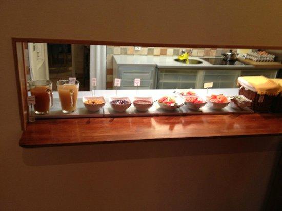SX Hotel Amadeus : En del av de få selektioner du har till frukost