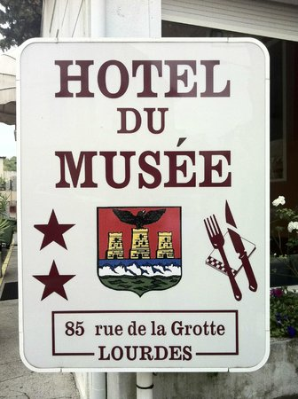 Hotel Du Musee : Tabella