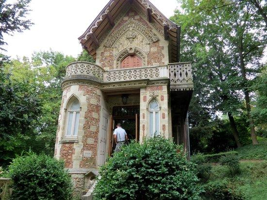 Jardin du ch teau de monte cristo picture of chateau de for Alexandre jardin le zubial