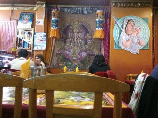 Masala chai picture of krishna bhavan paris tripadvisor for Krishna bhavan paris