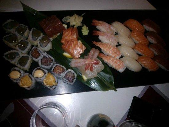 Kooka: box degustazione! sushi, sashimi nigiri  maki e special maki