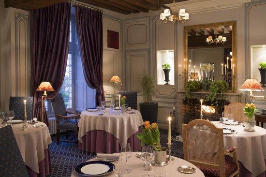 Chateau de noizay hotel france voir les tarifs 282 for Prix chambre chateau vallery