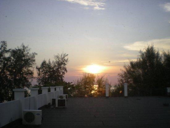 Cozzi Hotel : beautiful sunset