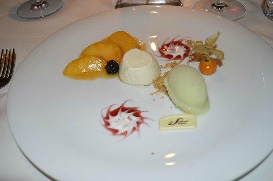 Das Schick: Panna Cotta mit Mojito-Eis