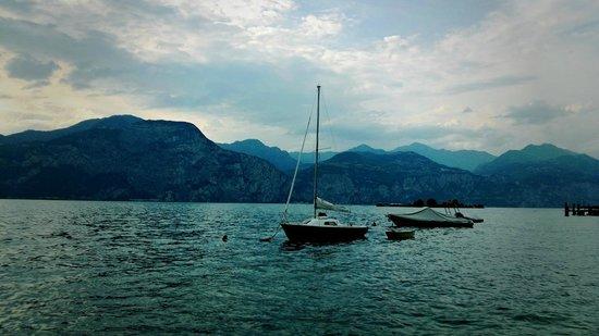 Casa Gagliardi: Озеро