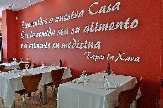 Tapes i Vins La Xara : Lo que más me gusta de la decoración de su local ;)