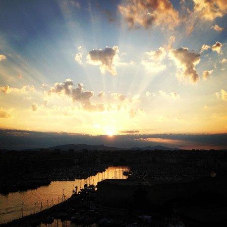 Sofitel Marseille Vieux-Port : Vue depuis le restaurant